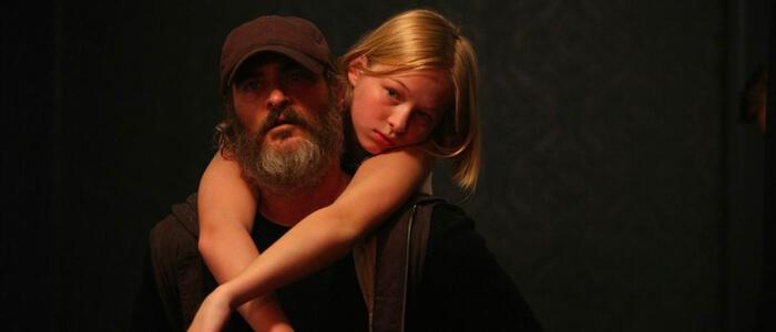 映画 ビューティフル・デイ【ネタバレあり感想】心に傷を負った男が、全てを失った少女に出会う。観終わった後の余韻が素晴らしい映画。